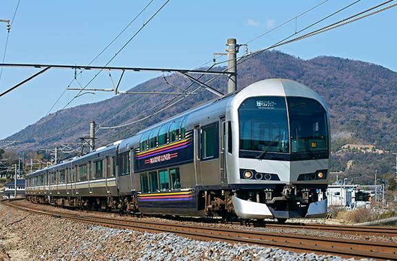 JR四国の快速電車にも部品を納入しています