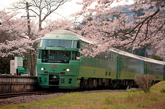 JR九州の観光列車にも部品を納入しています